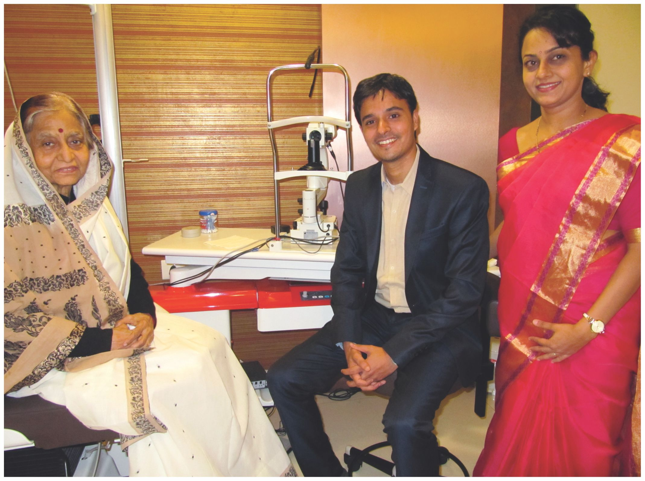 Dr.Vardhaman and Dr.Shrutika with Pratibha Devi Patil (Ex-President)